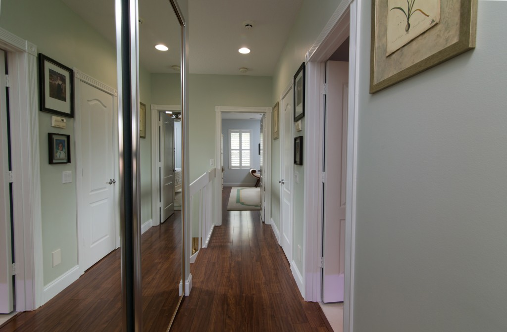 hallway 1024x671 Real Estate