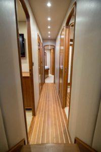 494C3286 200x300 Yachts