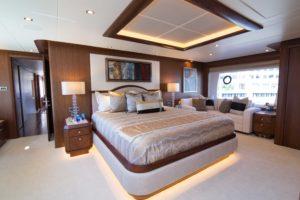 494C4349 300x200 Yachts
