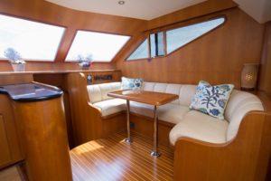 494C5141 300x200 Yachts