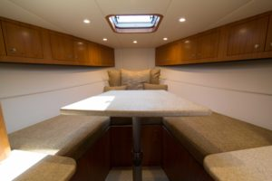 494C5501 300x200 Yachts
