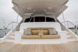 494C8200 300x200 Yachts