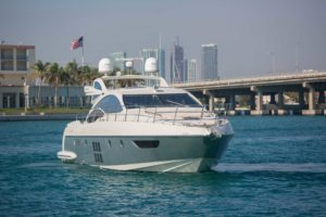 494C9699 300x200 Yachts