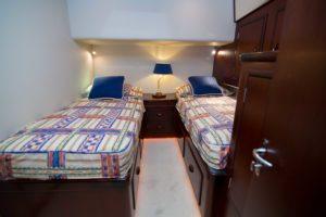 61 Garlington Griffish 14 300x200 Yachts
