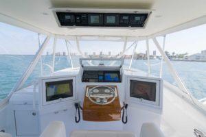 DSC07859 300x200 Yachts
