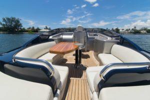 DSC08455 300x200 Yachts